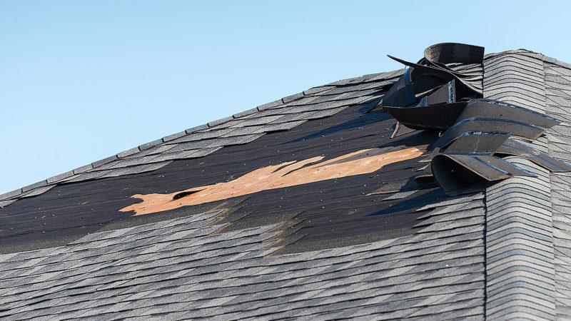 Oprava střešního šindele