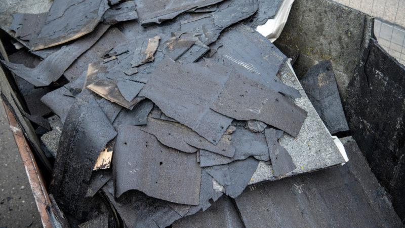 Odstranění starých asfaltových pásů